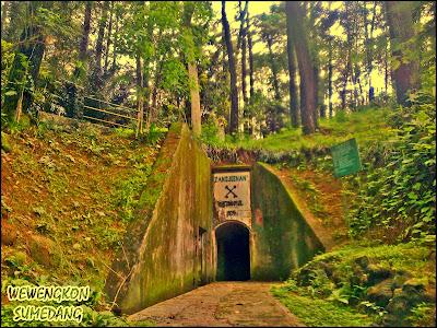 Benteng Belanda di Gunung Kunci