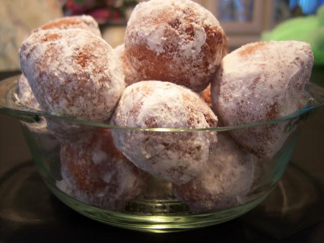 ricotta fried doughnuts