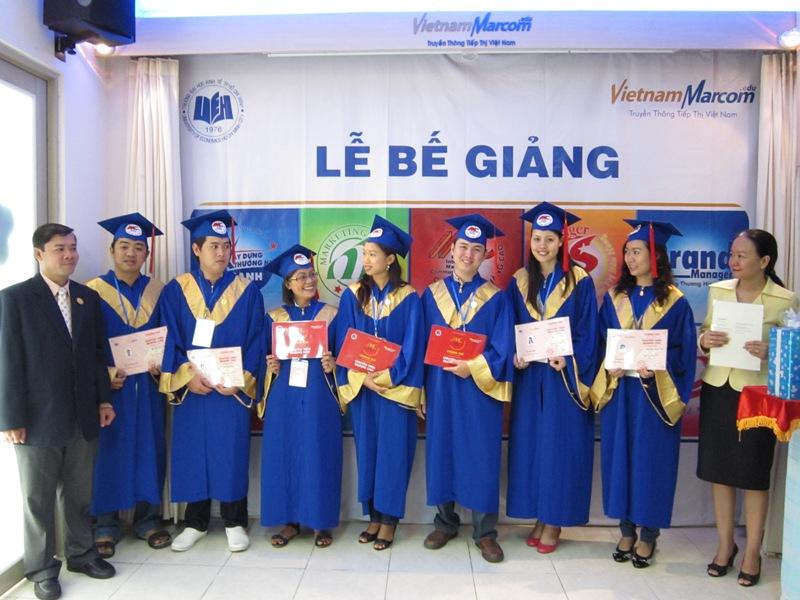 Một niềm đam mê và nhiệt huyết đã giúp các bạn học viên  không ngừng học hỏi để hoàn thành tốt đề tài tốt nghiệp của mình và nhận được sự đánh giá rất cao của hội đồng ban giám khảo.