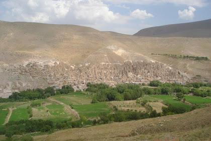 Perkampungan Unik Di Iran Berusia 700 Tahun