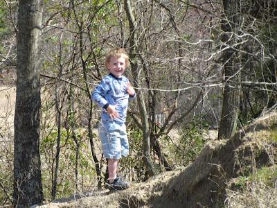 Hunter Climbing