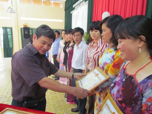 Hội thao giáo viên dạy giỏi cấp tỉnh bậc THCS năm học 2011 - 2012 - IMG_1383.jpg