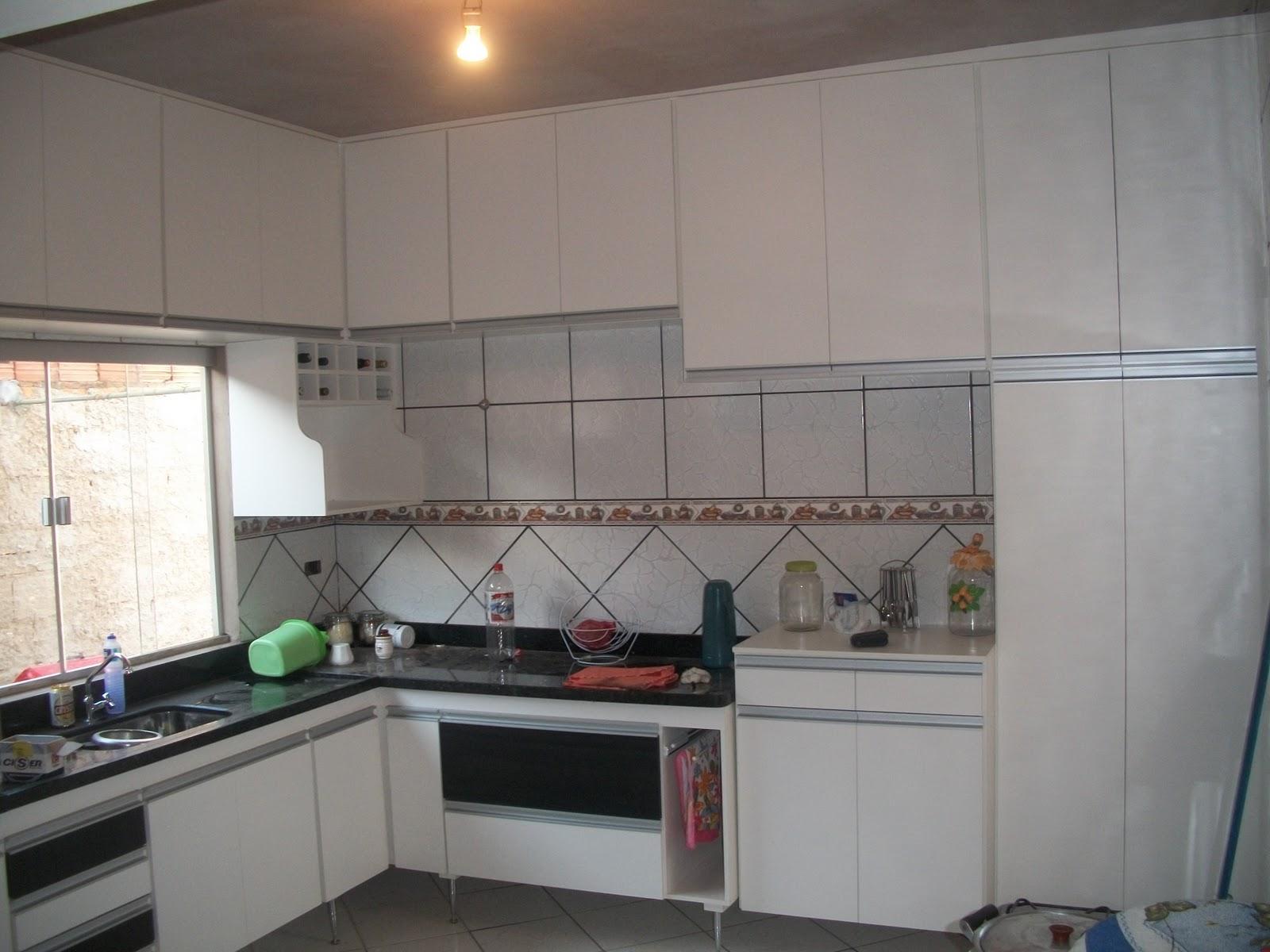 Cozinha Planejada Com Suporte Para Microondas Beyato Com V Rios