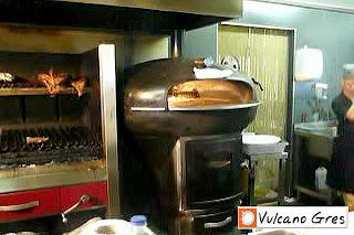 Instalación en restaurante tipo wok junto a parrilla modelo Oporto.