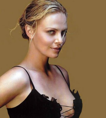 Charlize Theron sexy actress gallery