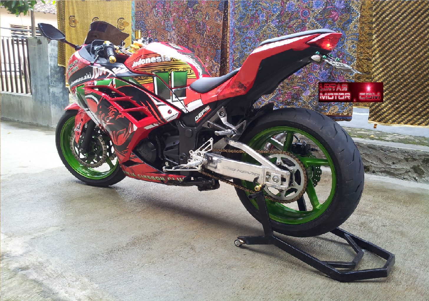 Modifikasi Ninja 250 Fi Street Fighter