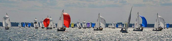 J/24s sailing World Championships