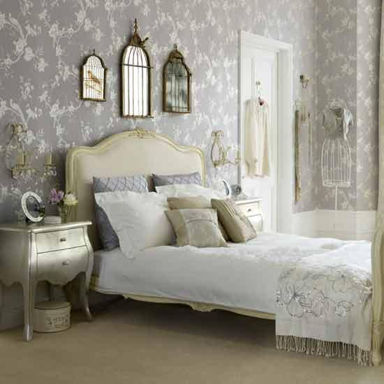 Shabby Chic Bedrooms: Danielle's Decor: The Beginnings Of My Dream Shabby-chic