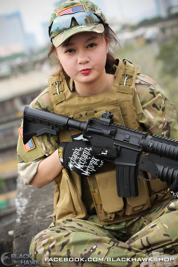 Bộ ảnh cosplay kiểu quân đội tuyệt đẹp của coser Việt - Ảnh 10