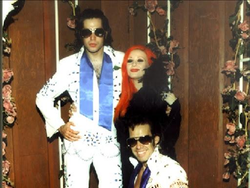 Alaska y Mario Vaquerizo en su boda en Las Vegas en 1999