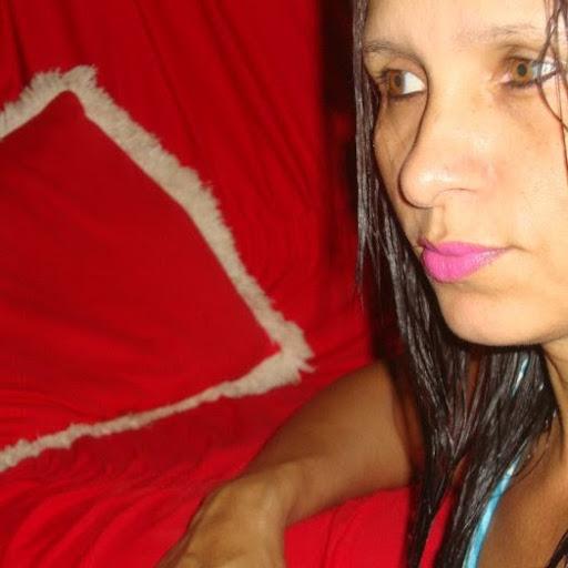 Rosa Mello Photo 15