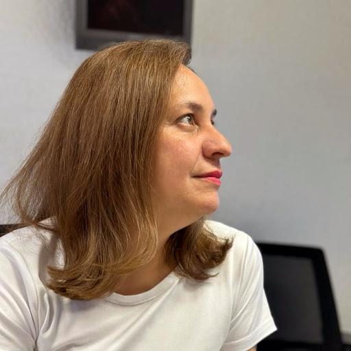 Elizabeth Barajas - Address, Phone Number, Public Records