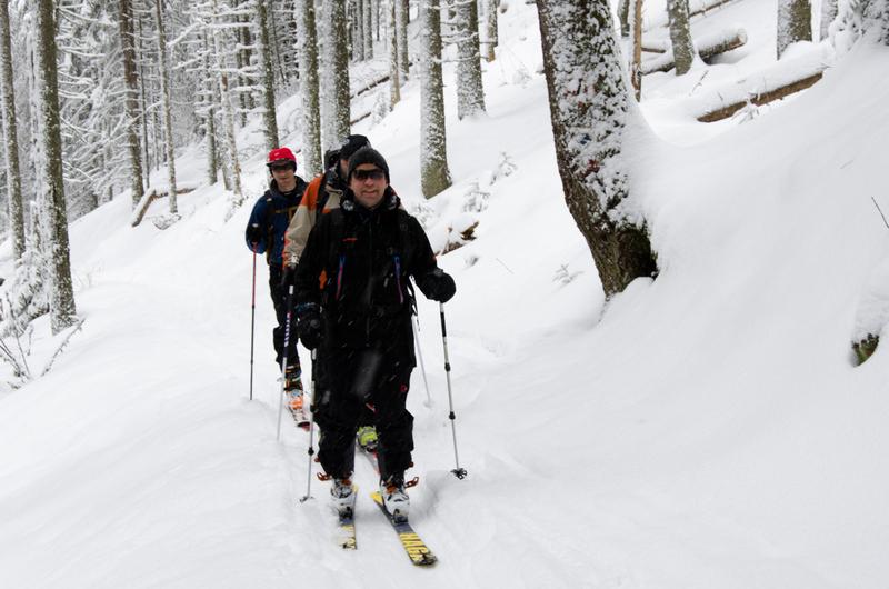 Skiul de tura castiga tot mai multi adepti