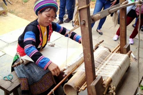 kham pha net van hoa cua nguoi dan toc mong5 Nét văn hoá của người dân tộc Mông ở Mộc Châu