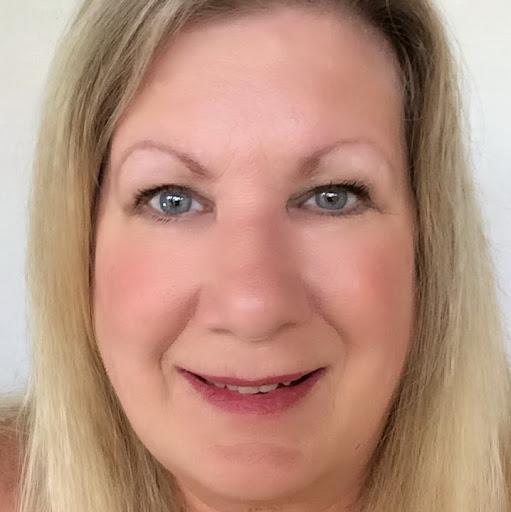 Betsy Wuebker Profile Image