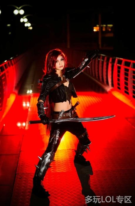 """Ngắm vẻ đẹp quyến rũ của """"ác kiếm"""" Katarina - Ảnh 2"""