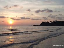 หาดไก่แบ้ - ไปเที่ยวจังหวัดตราด credit : 53181450318.blogspot.com