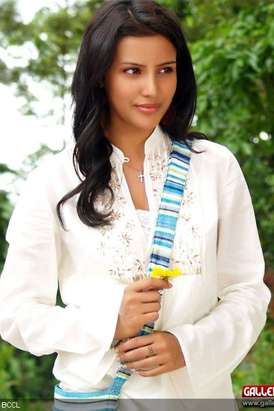 A still of Priya Anand from the film '1234 Andaru Engineerle'.www.galleryrub.com