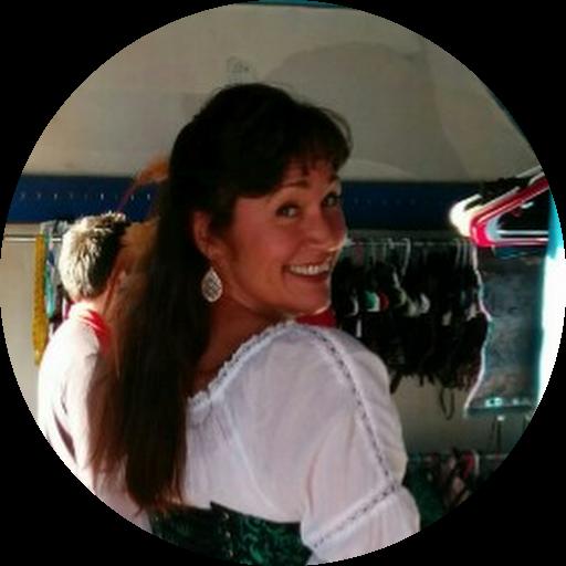 Carolyn Niesche