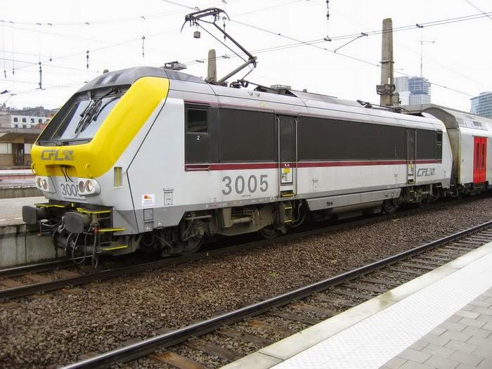 3005 CFL + M6 Brussel Noord 07-04-2006 A8086.jpg