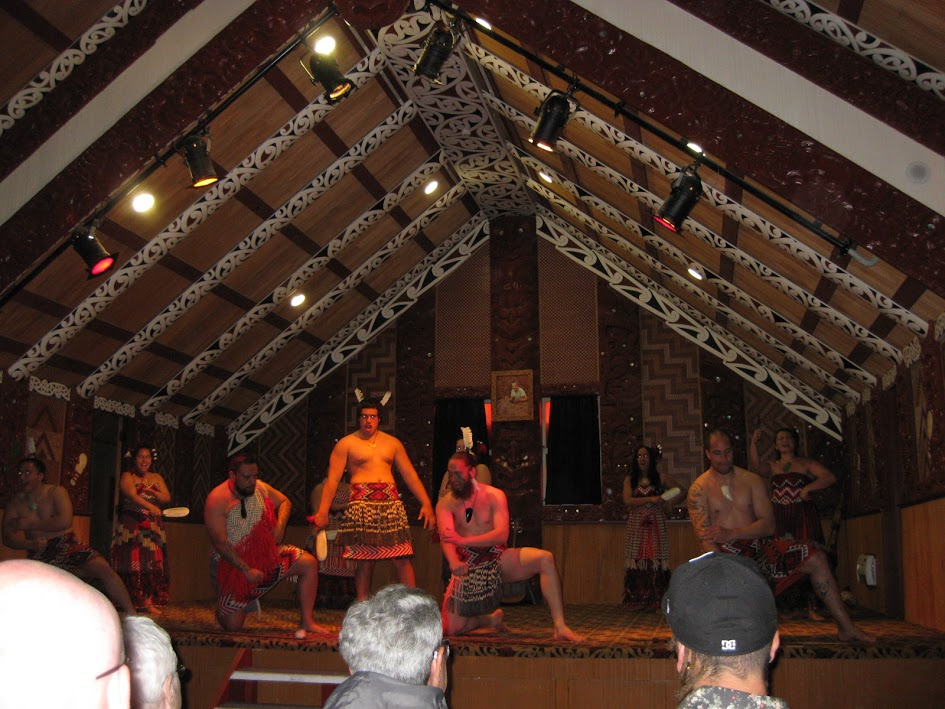 Te Puia dance performance