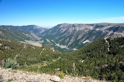 view of switchbacks on Hellroaring Road