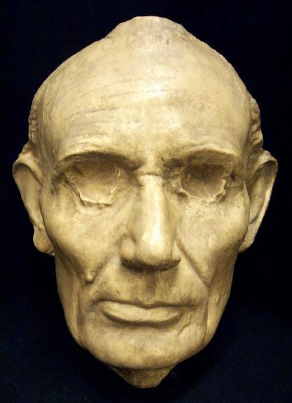 Máscara de Lincoln, feita ainda em vida. (Foto: Princeton University Library)