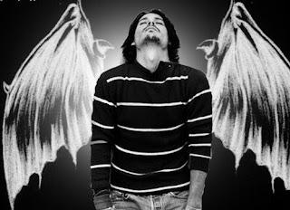 """"""" Ela acreditava em anjos..."""