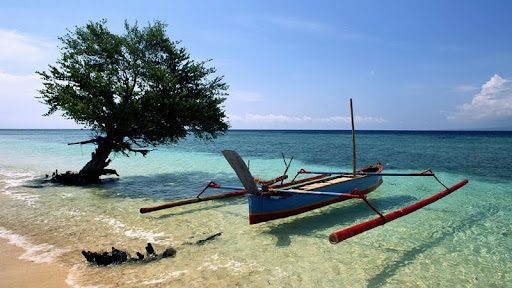 Beached Outrigger, Thailand.jpg