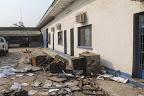 Les bâtiments du secrétariat exécutif provincial de la Ceni à Kinshasa, ravagés par un incendie le 17 août 2014. Radio Okapi/ph. J. Bompengo.