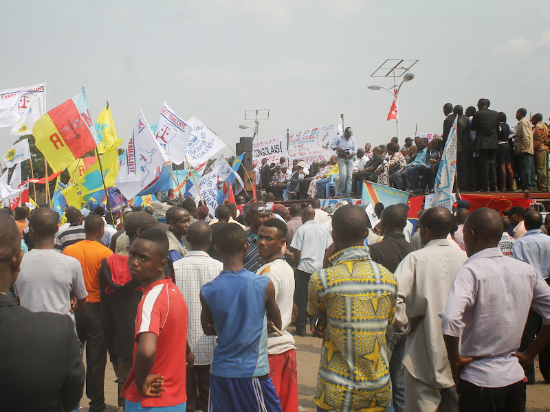 TSUNAMI POPULAIRE AU MEETING DE NDJILI SAINT THERESE - LES PREMIERES IMAGES IMG_0366