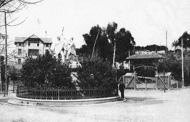 Plaza del dos de mayo iii monumento a dao z y velarde for Calle prado redondo ciempozuelos