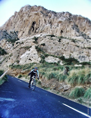 Ciclista en Formentor
