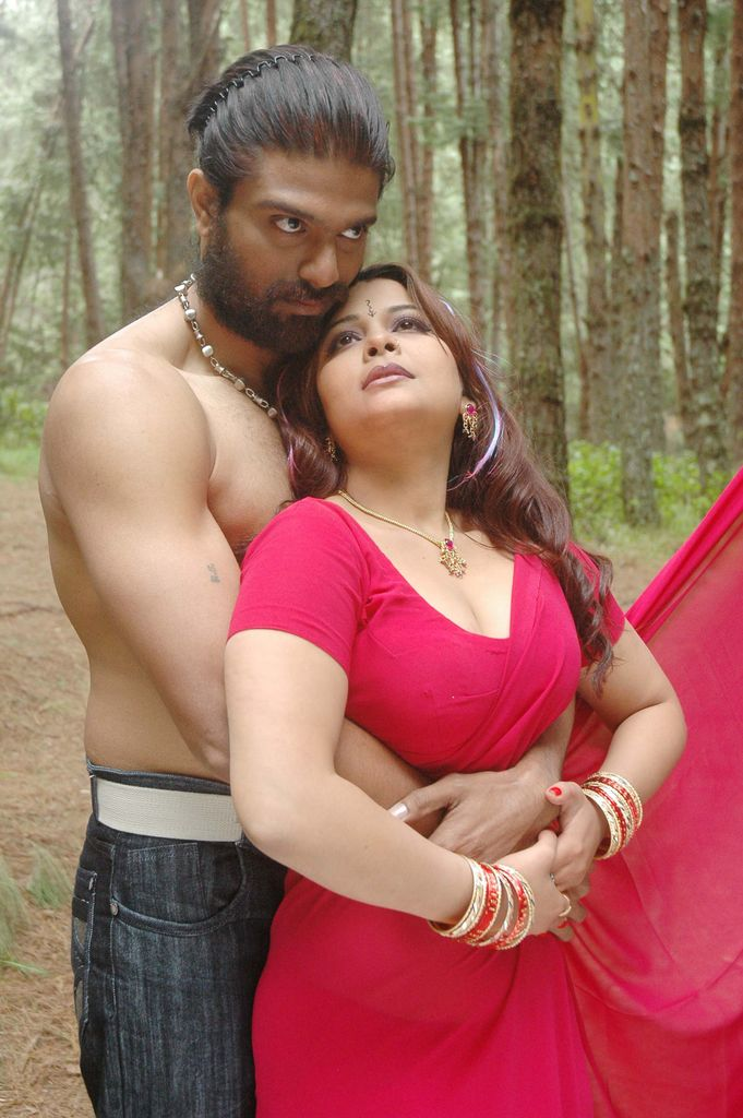Thappu Tamil Movie Spicy Hot Pics Photo Stills