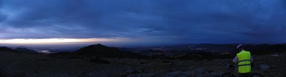 Subida nocturna a la Fuenfría y la Bola del Mundo. Agosto 2012