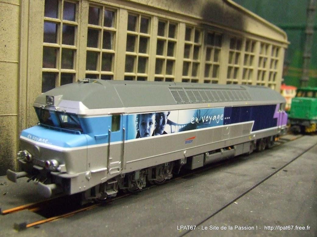 """Une nouvelle locomotive dans mon parc : la CC 172058 """" en voyage """" de Roco DSCF0075"""