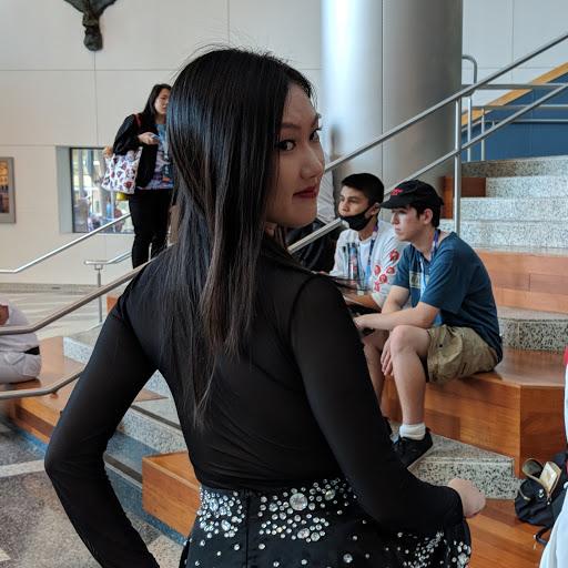 Isabella Chen Photo 22