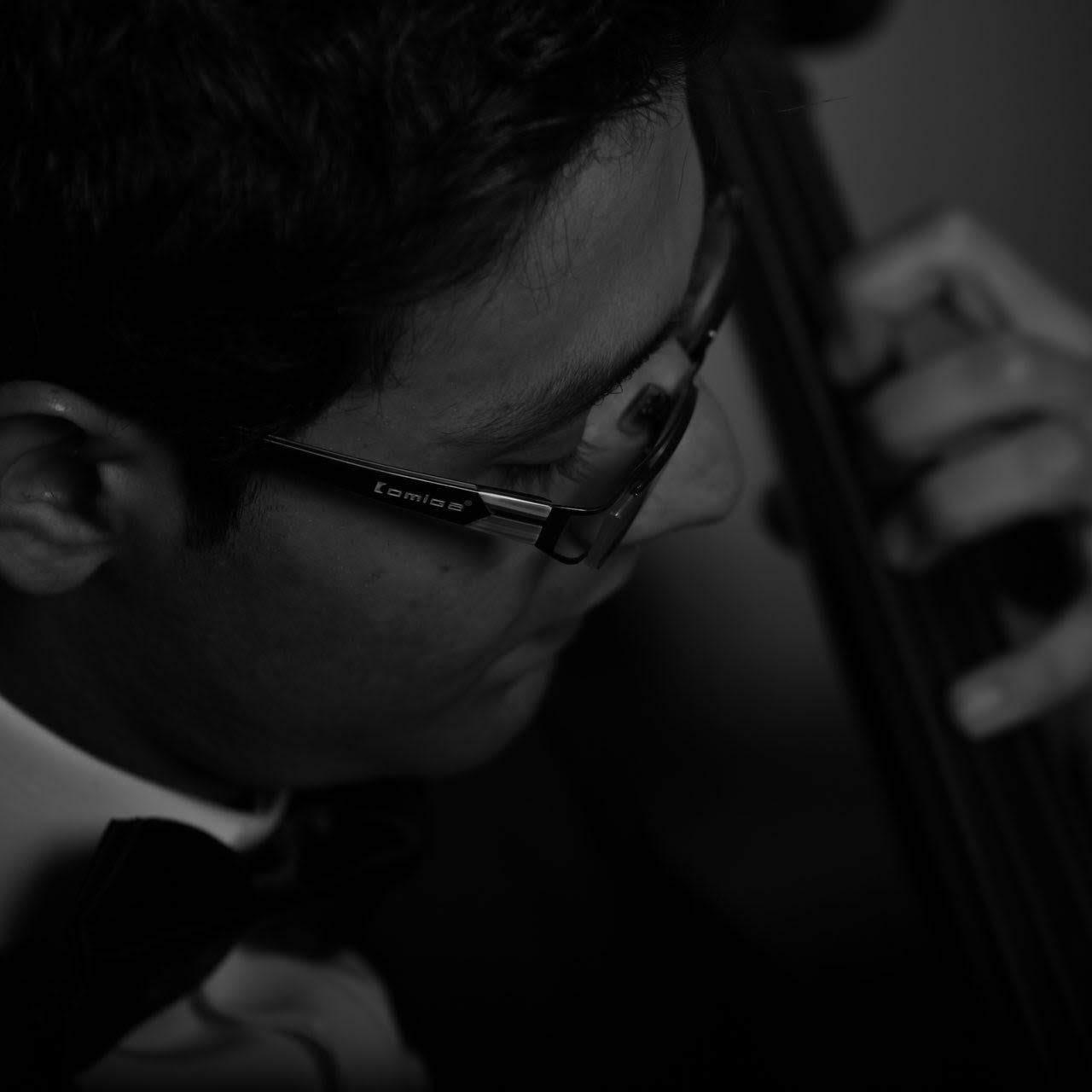 محمد مطیعالحق مدرس گیتار کلاسیک آهنگسازی هارمونی