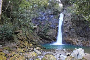 徳島名滝探訪 土々呂の滝のイメージ画像