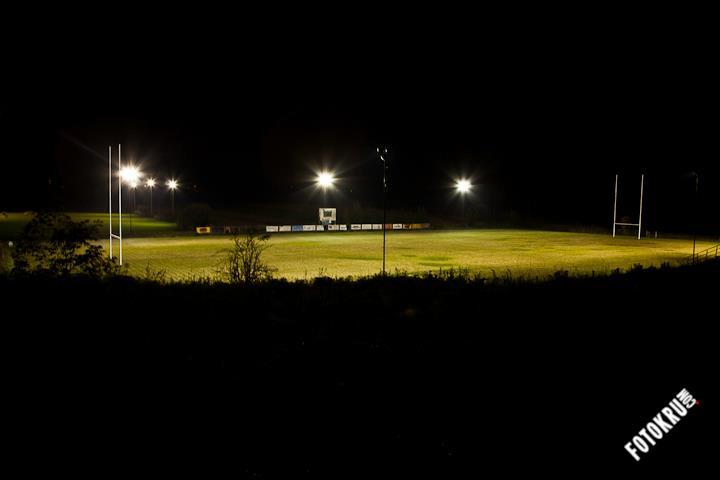 Igrišče Oval ponoči