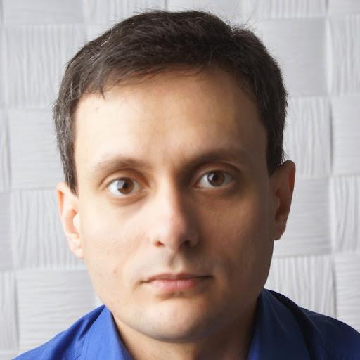 Роман Ягодин