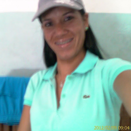 Yessica Farias Photo 2