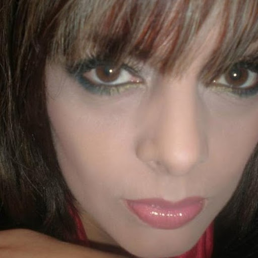 Sylvia Robles
