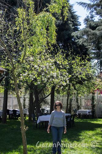 Cumhuriyetköy'deki Beyaz Bahçe'de