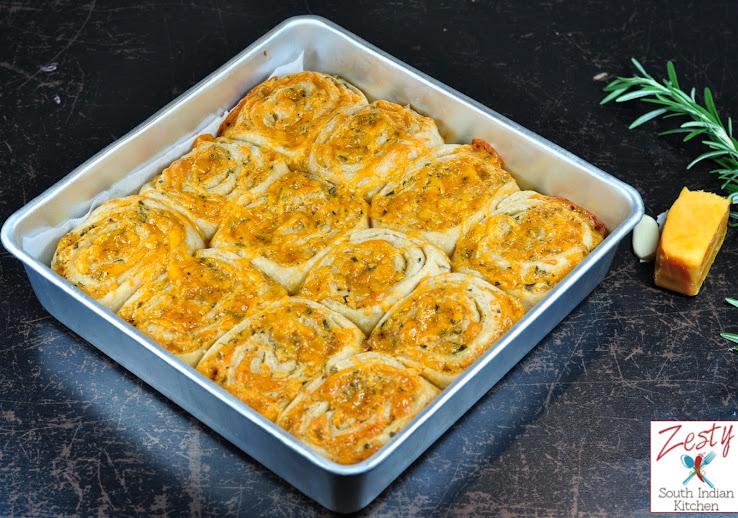 Cheddar Rosemary Garlic Rolls