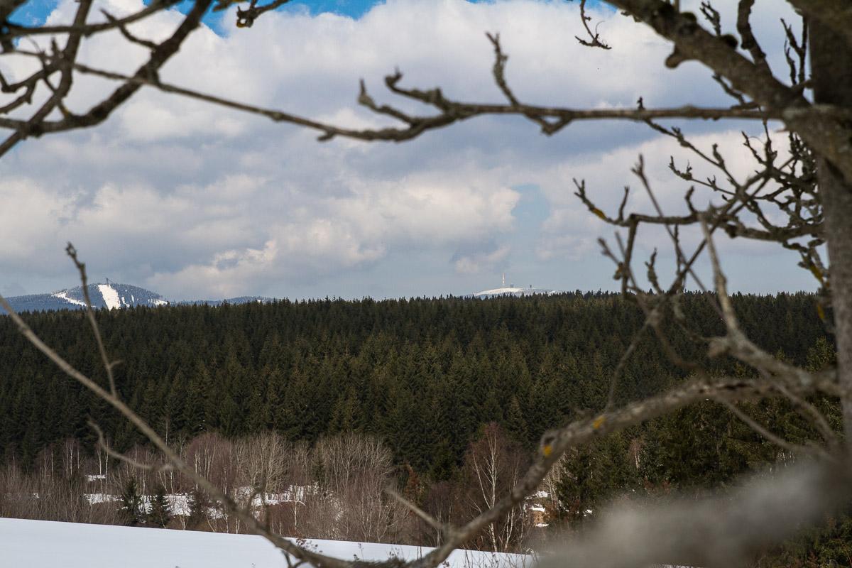 Blick zum Wurmberg und zum Brocken
