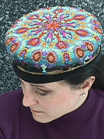 image of completed hat, worn by DarkEmeralds a long time ago when she still had dark hair