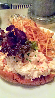 The Pearl Lobster Roll w/Shoestring Fries at Pearl Oyster Bar, NY