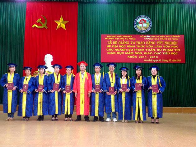 Lễ Bế giảng và trao bằng tốt nghiệp hệ Đại học và hình thức VLVH tại Trường Cao đẳng Sư phạm Yên Bái