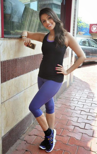 Aarti Chhabria Body Size